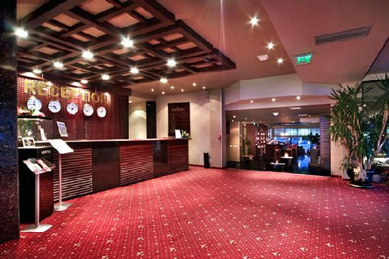 Хотел флоримонт казино и спа банско казино azartplay вход
