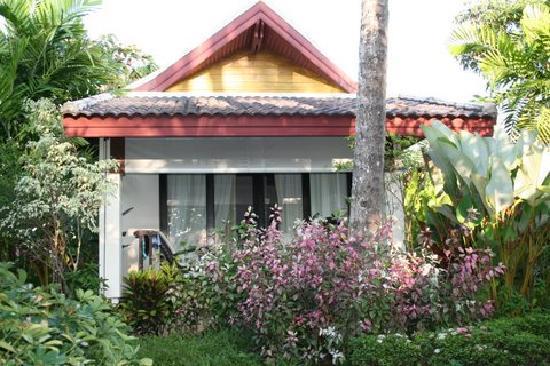 Nang Thong Bay Resort: Bungalow