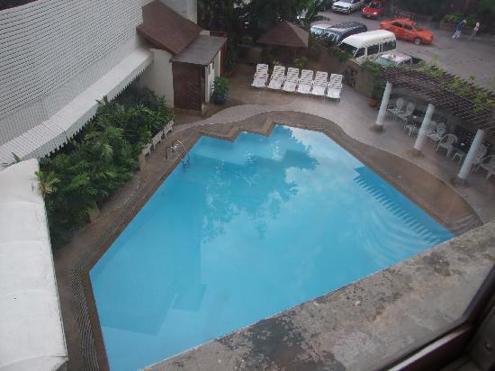 โรงแรม บางกอกเซ็นเตอร์: プール