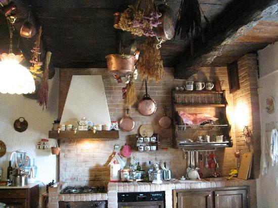 Antico Borgo Sanda: the kitchen