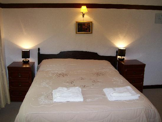 The Harrow Inn: Double Rooms