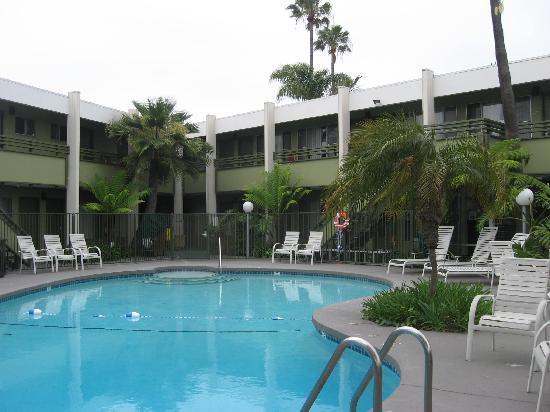 Vagabond Inn - San Diego Airport Marina : pool
