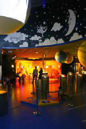 Observatoire et planétarium Ludiver : Salle des planètes Ludiver