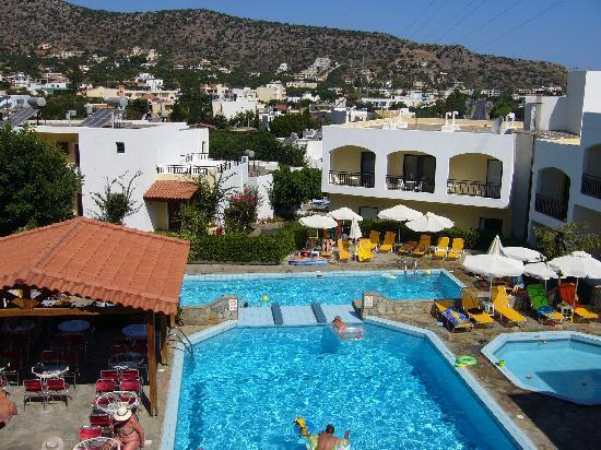 Eurohotel Katrin Hotel and Bungalows : the view on the swimming pools