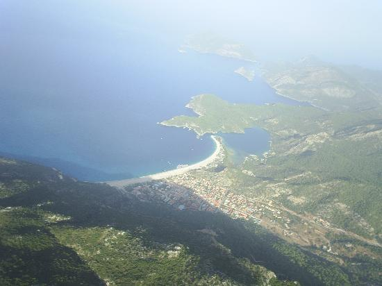 Camelia Apartments : Paragliding into Oludenis! An absolute must do!