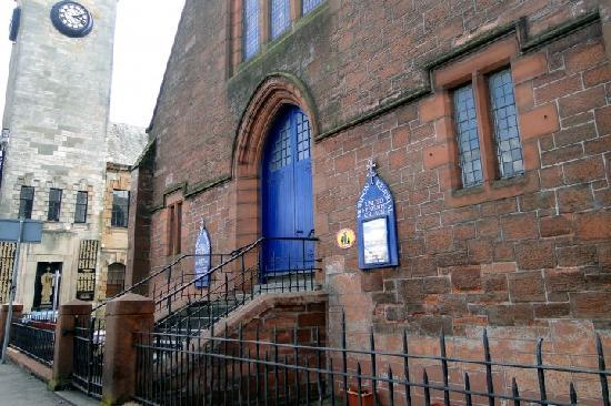 Clyde-built: a walking tour of Clydebank - Day Tours: Hall Street and Dumbarton Road (Morison Memorial Church) (22/03/2010)