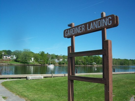 Gardiner, ME: Boat Launch