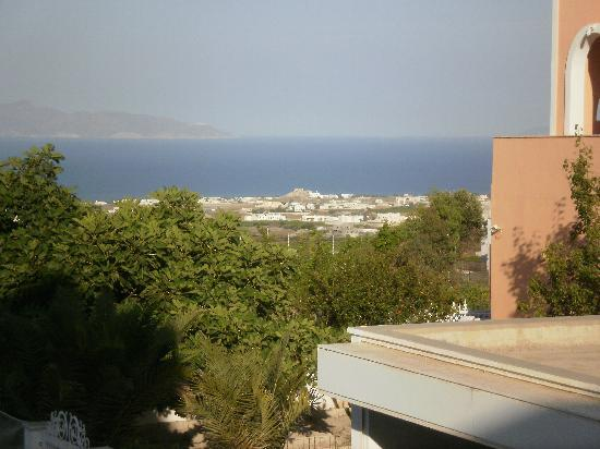 Antonia Hotel Santorini: View from our terrace