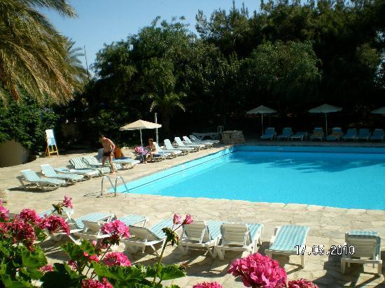 Sitia Beach City Resort & Spa: einer von 3 Pools