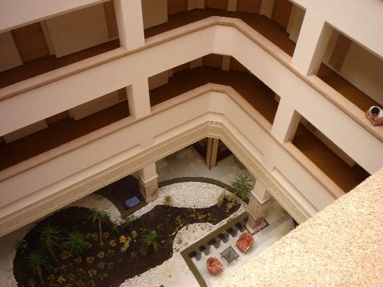 Tusan Beach Resort: Interior of hotel