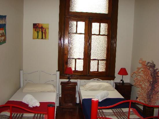 Petit Recoleta Hostel: Habitación Doble Twin