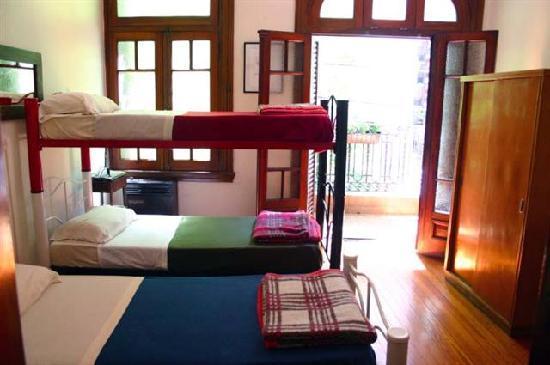 Petit Recoleta Hostel: Habitación Triple