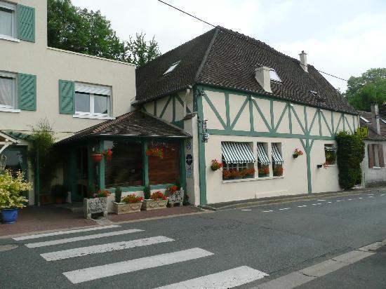 Auberge de la Vallee Verte : The Main Hotel