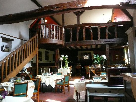 Auberge de la Vallee Verte : The beautiful Restaurant Dining Room