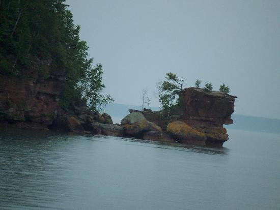 Apostle Islands Cruise Service: So cool