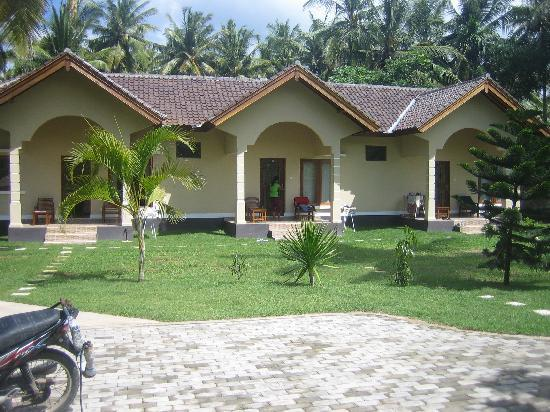 Yuli's Homestay: the bungalows