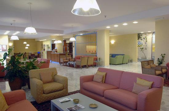 Hotel Raffaello: Hall