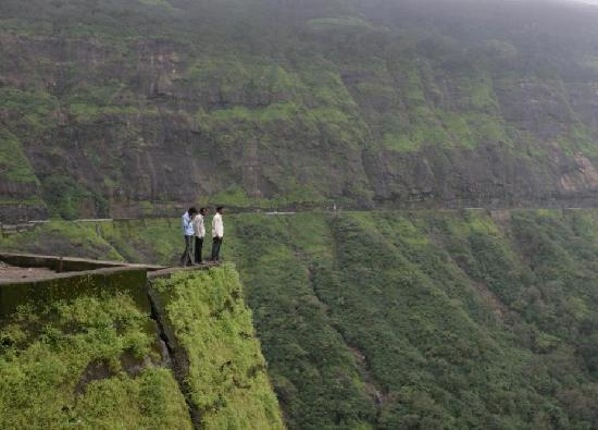 Malshej Ghat - Picture of Maharashtra, India - TripAdvisor: https://www.tripadvisor.in/LocationPhotoDirectLink-g297648...