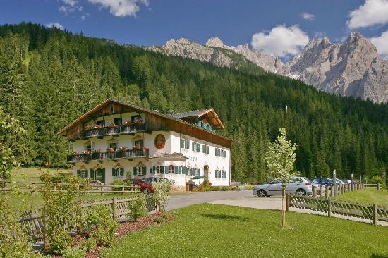 Hotel dolomitenhof chalet alte post sesto alta pusteria for Hotel val fiscalina