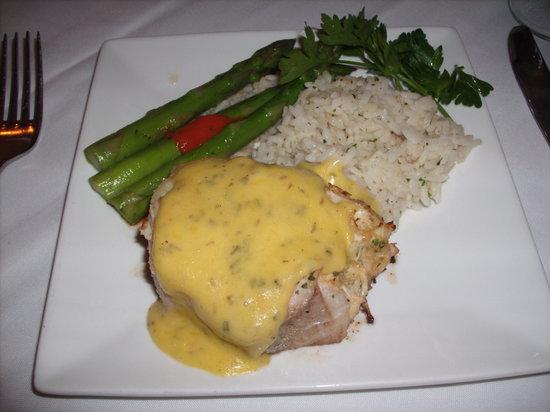 Michaels Restaurant: the grouper oscar