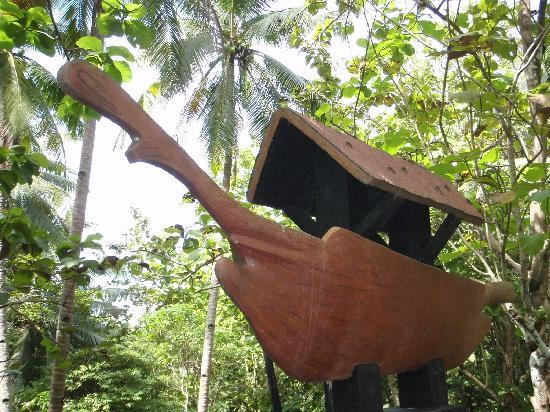 Balangay Shrine Museum: replica of the Balangay boat