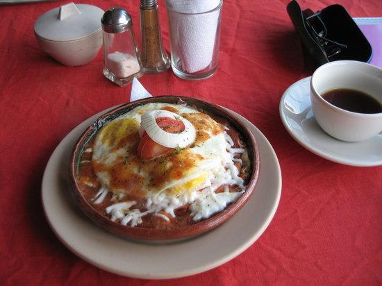 La Cazuela M & J: M & J breakfast!