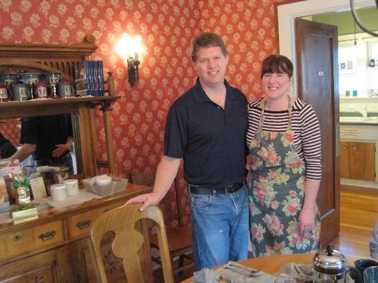 Greenlake Guest House: Blayne & Julie--the wonderful innkeepers