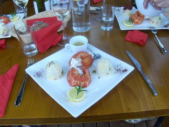 Lemon Tree Lodge: A dinner with lobsters