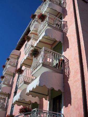 Hotel Trevi: balconi
