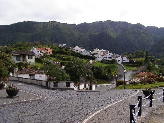 Ponta Delgada, Portugalia: The Village of Furnas, Sao Miquel, Azores
