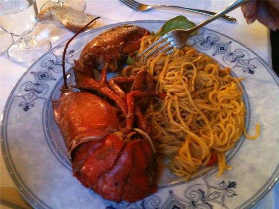 Tira Tardi : Lobster Dinner