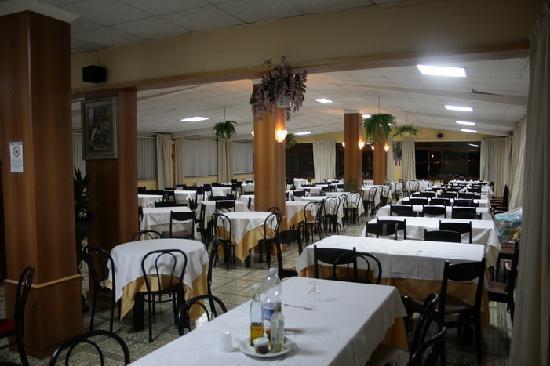 Hotel Cavour: sala da p'ranzo