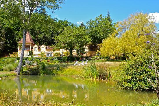 Domaine du Haut Baran: Le Haut Baran view from the garden