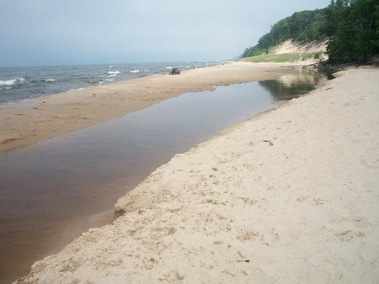 Muskegon, MI: beach with canal