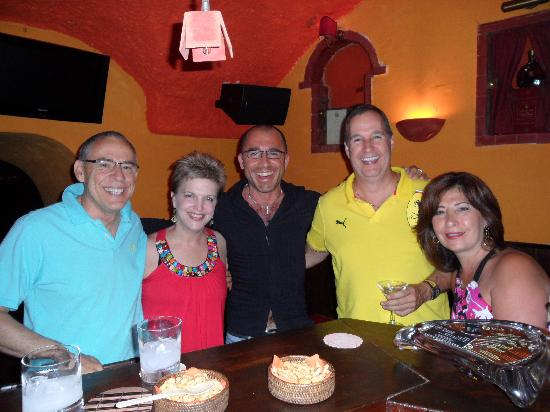 Tiffany Club Sorrento : Happy Customers with Giuseppe