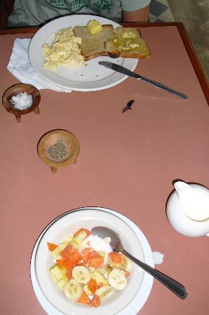 Beachside Resort: breakfast
