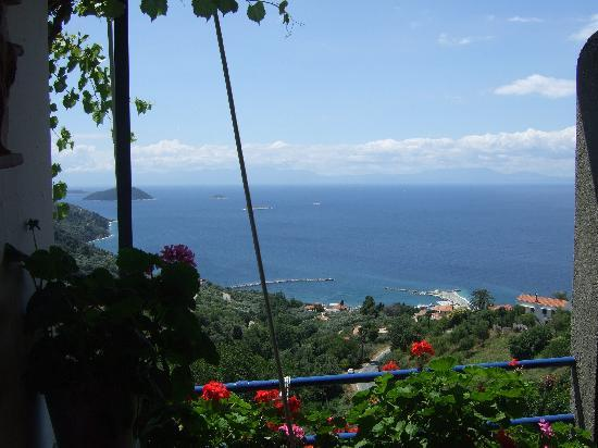 Glossa, Greece: Agnanti - lovely view