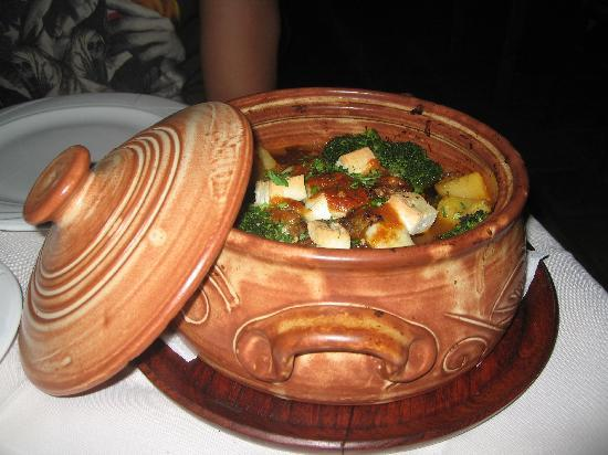 Avli Restaurant : Lamb Stamnas!!