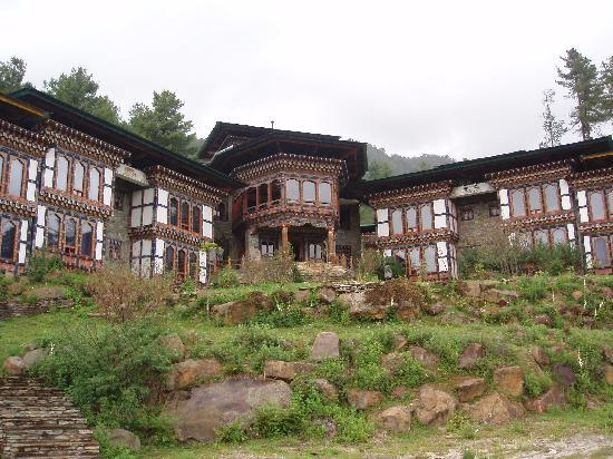 Phobjikha Valley, Bhutan: Front View of the Hotel