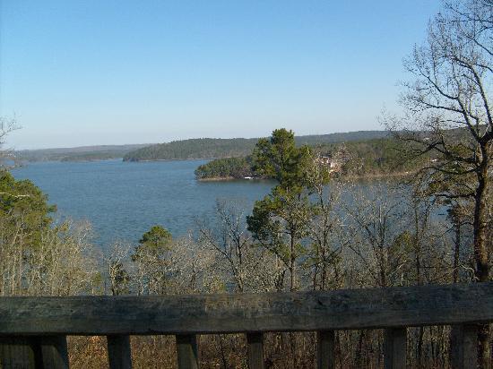 Diamond John's Riverside Retreat: Nearby Swimming Lake VERY Clean