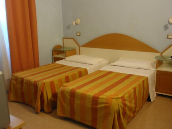 HOTEL SOGGIORNO ATHENA (Pisa, Italy) - Reviews, Photos & Price ...