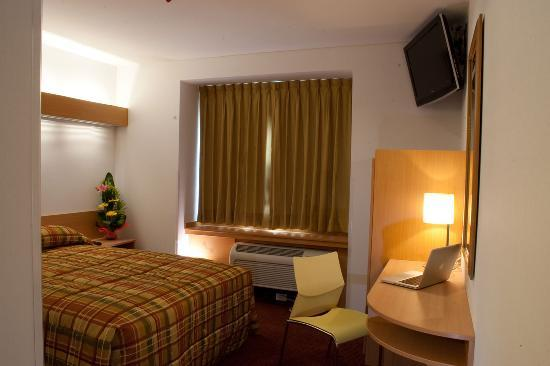 Hotel Intercity 100: SINGLE ROOM