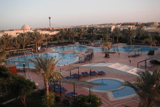 Jaz Lamaya Resort: Swimming pools
