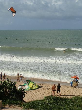 Manary Praia Hotel : praia em frente ao hotel