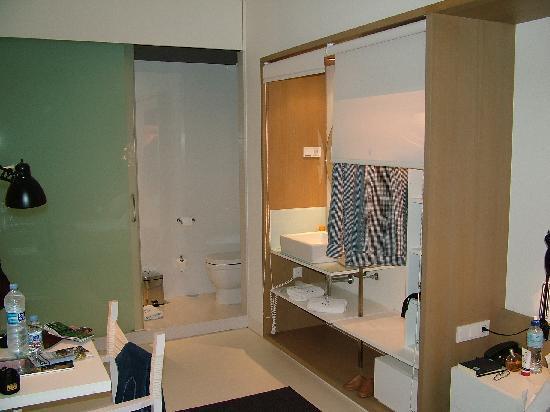 Stanza da letto armadio bagno a vista 2 photo de - Armadio stanza da letto ...