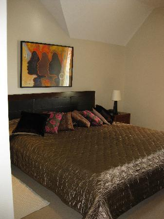 Castlewood House: Bedroom