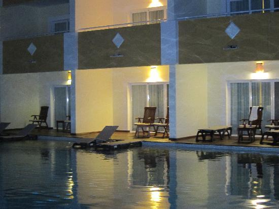 TRS Turquesa Hotel: Royal swim-up