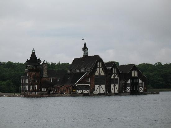 Boldt Castle and Yacht House: Boat house