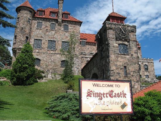 Singer Castle on Dark Island: Dock entrance to Singer Castle