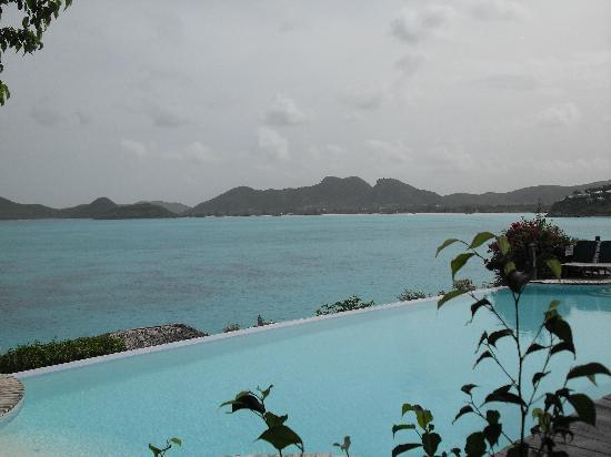 Cocobay Resort : View from the restaurant at breakfast